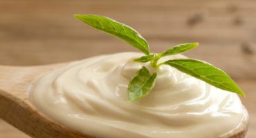 5 good reasons to eat Yoghurt every day
